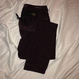 DLI961 Jeans. Cute color